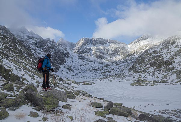 Las 6 Mejores Rutas En Invierno Con Nieve Por La Sierra De Gredos